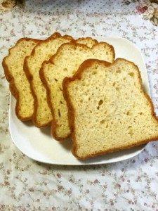 【低糖質パンの作り方】おすすめレシピ7選まとめ【糖質オフな材料を使った】